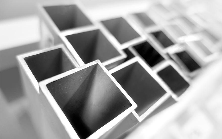 kątowniki aluminiowe